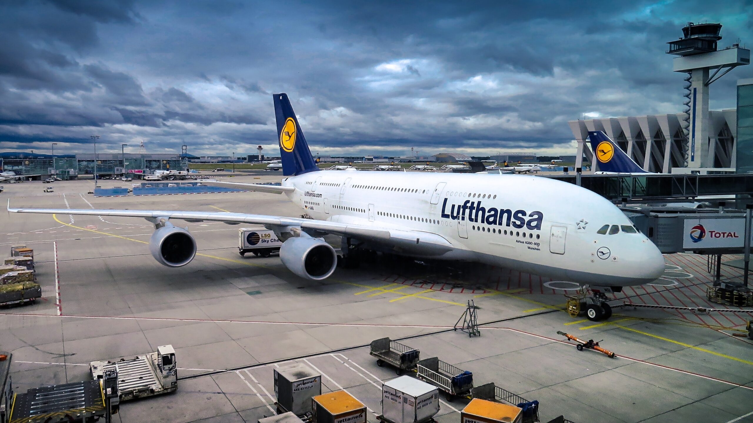 Lufthansa on gate